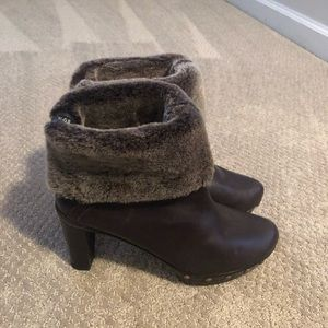 Stuart Weitzman brown leather booties with fur